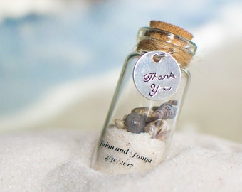 25 Beach Favours with Magnets - Wedding Personalized Sand and Shell Bottle Favours/Wedding Favors/Destination Wedding