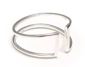 Double ring in the form of the Rune in 925 sterling silver