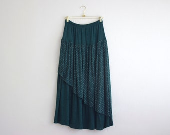 Vintage Floral Green Maxi Skirt/ Gypsy Full Long Winter Skirt with Elastic Waist/ Jersey Layered Skirt Size Large