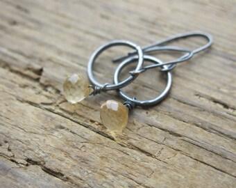 Citrine earrings. Citrine quartz earrings. Citrine briolette earrings. Oxidized sterling silver. November birthstone earrings.