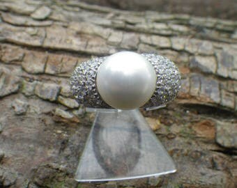 Beautiful Sterling Silver Large Faux Pearl White Rhinestone CZ Statement Ring