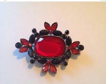 Now On Sale Vintage Pendant Art Deco Design Formsl Red Black 1920's Great Gatsbys