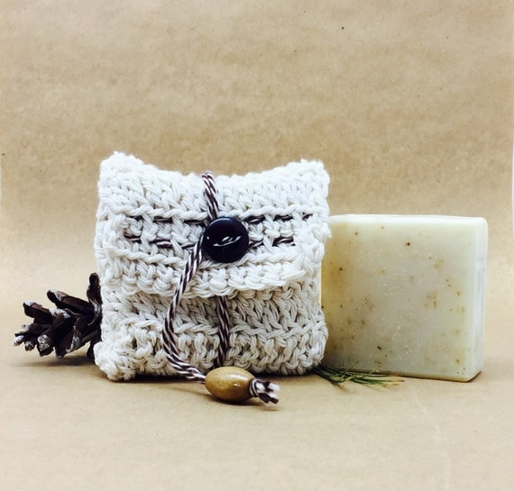 JANELLE Body Bar with Flecks of Lavender Buds in Open Weave COTTON Sachet Bag | 4oz |  Lavender and Peppermint Essential Oils
