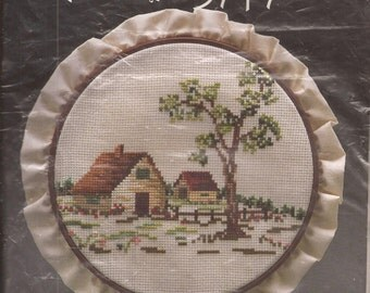 """wp3507 7"""" Counted Cross Stitch Picture Kit, Homestead. Vintage 1984"""