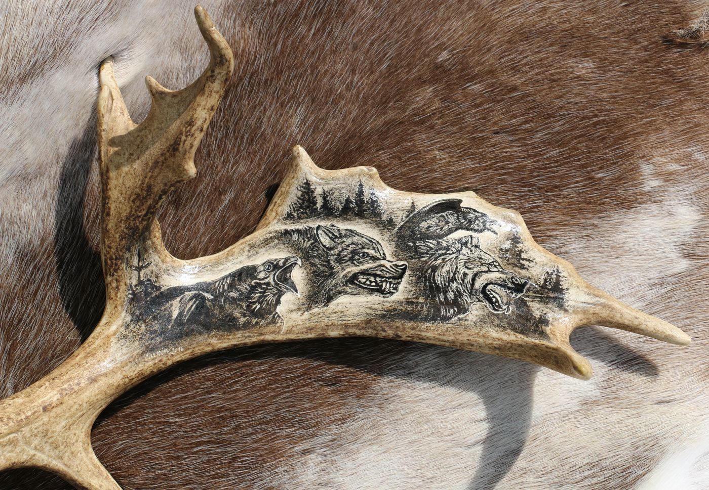 Geri freki and huginn muninn carved deer antler scrimshaw