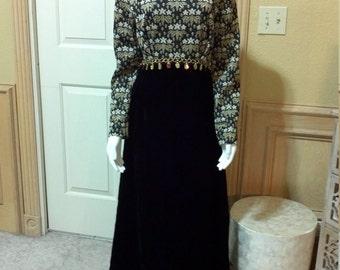 Vintage 1960  Black Velvet Maxi Dress / Wedding Guest Dress/Reto Maxi Dress/ Mod 60 Costume Dress Size S