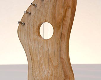 WOOD HARP/LYRE Original Hand Made 7 Strings Pentatonic scale - Cherry Wood - Free tuning key