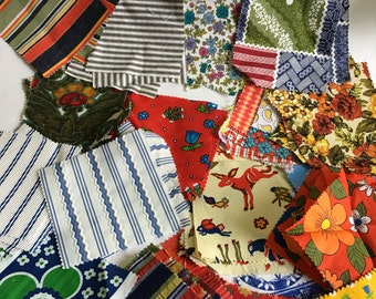Lot of 200+ Pre Cut 5 Inch Quilting Squares Vintage Fabrics