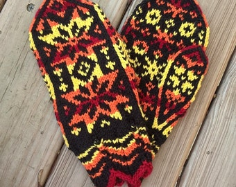 Norwegian Mittens (small adult), Fire Stars