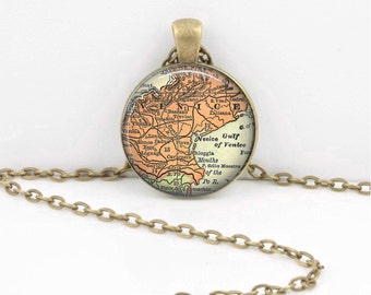 Venice Venezia Italy Italia Vintage Map Travel Gift Geography Gift  Pendant Necklace or Key Ring