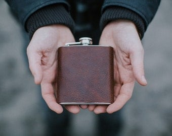 Old aged dark brown leather wrapped 6 oz stainless steel flask / groomsman gift / handmade / dark brown / rustic leather flask
