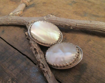 vintage whiting and davis silver tone faux pearl clip earrings