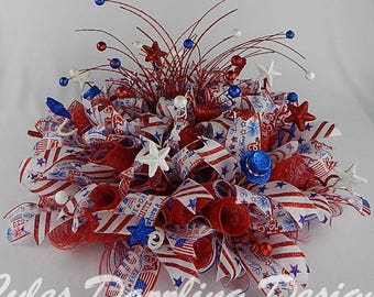 Patriotic Centerpiece, Red White Blue, 4th July, Independence Day, Labor Day, Summer,Table Décor,Memorial Day,deco mesh centerpiece,mesh