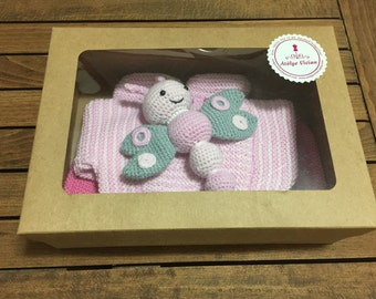 Hand Knitted Baby Outfit Gift Set with Amugurumi Toy