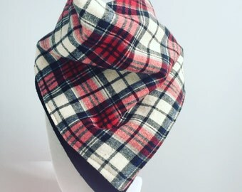 Toddler scarf with snaps / red & beige