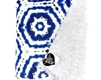 Baby Blanket Blue Tie Dye, Oragnic, Crib Bedding, Nursery Bedding, Indigo Blanket, Baby Shower Gift, Faux Fur Blanket, Crib Blanket