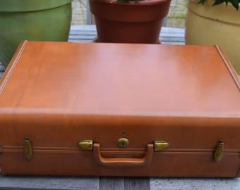 Classic Samsonite Saddle Brown Tan Suitcase Schwader Bros.