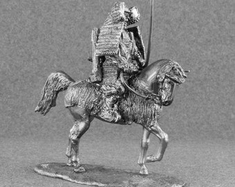 Action Figurine Japanese Samurai Archer on Horse Japanese Medieval 1/32 Scale Cavalry Toy Soldier 54mm Tin Metal Miniature