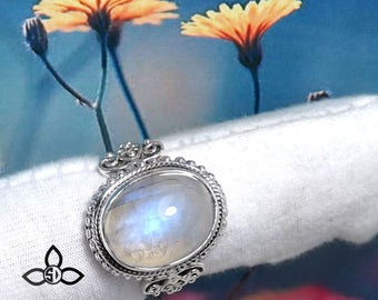 Rainbow Moonstone Ring, Moonstone Ring, Handmade Ring, Gemirthstone Ring, Unique Ring, Designer Ring, Silver Ring, Wedding Ring, Gemstone
