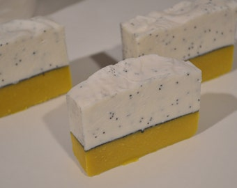Lemon Poppy Seed with Goats Milk