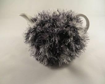 Tea cosy for a small ( 1 or 2) cups teapot, cozy, tea warmer, crochet cover makes also a special gift, copri teiera, tea party
