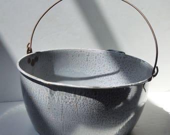 Enamelware / Large Round Tub / Lightweight / Charming useful antique / Grey on Gray Enamel / Wooden Handle