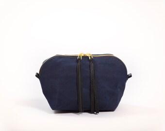 Dopp bag / Cosmetic bag / Toiletry bag / Navy Blue