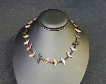 """Vintage Southwest Bird Fetish Necklace - Mother of Pearl. MOP, Tigers Eye Beads - 28"""" Long"""