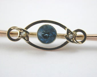 Sapphire paste and pearl Art Nouveau 9 carat rose gold brooch very pleasing