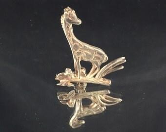 Sterling Silver Giraffe Brooch