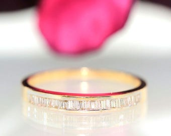 Estate 14k Yellow gold Natural Baguette Diamond 1row Channel set ring band .25ct