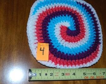 Pink and purple! Retro Hand crocheted hot pad hot mat trivet swirl design white pink purple blue