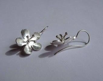 """Earring """"Silverflower"""""""