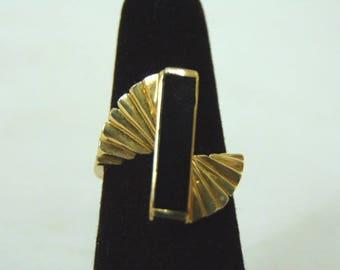 Womens Vintage Estate 14K Gold Ring w/ Onyx 4.5g E2978
