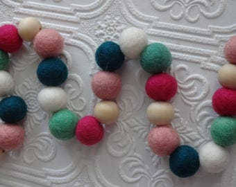 25mm Felt pom poms in Teal, aqua green, Fuchsia, blush & white. Perfect for decor, garlands, photo props and crafts, 50 pieces