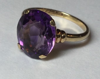 Vintage 10k Yellow Gold Amethyst Ring dated 1937