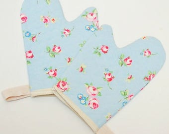 Kid's Play Oven Mitt or Set, Kid's Oven Gloves, Girl's Fabric Choices Lined Quality Cotton. Hanging Loop.