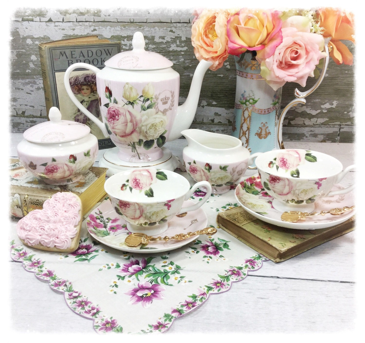 chic 9 piece pink floral shabby chic teapot sugar bowl creamer 2 piece tea set cup saucer tea. Black Bedroom Furniture Sets. Home Design Ideas