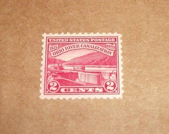 1929 US Stamp Scott# 681 Ohio River Canalization 2 Cents