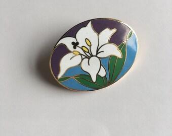 Vintage enamel Lily Flower Brooch Pin Small spring Pin Brooch Taiwan Signed