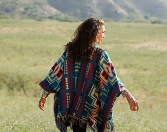 Wanderer Poncho/Cardigan Tayo