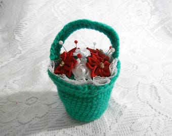 Crochet Christmas Flower Basket Pincushion - Red Poinsettia White Lace Green Knit Pin Cushion with Pins - Sewing Needle Organiser Gift