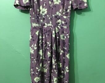 Sally Dress - 40s style purple floral dress
