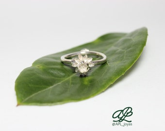 Ring flower closed water lily sterling silver