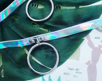 Wild Ones Holographic Statement Metallic Buckle O Ring Choker