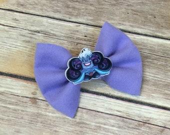 Ursula bow