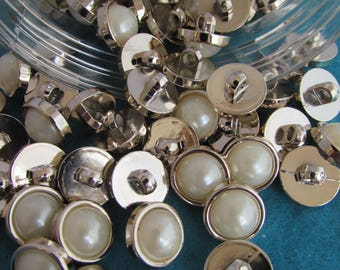 Pearl and Gold Colour Buttons