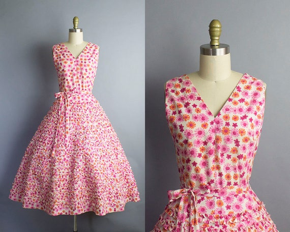 1950s Floral Sundress/  Medium (38b/29w)