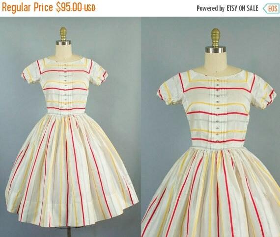 SALE 15% STOREWIDE 1950s striped sheer daydress/ doris dodson dress/ extra small xs
