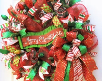 Christmas Wreath, Merry Christmas Wreath, Deco Mesh Christmas, Red green White Wreath, Christmas Decor, Holiday Wreath, door wreath